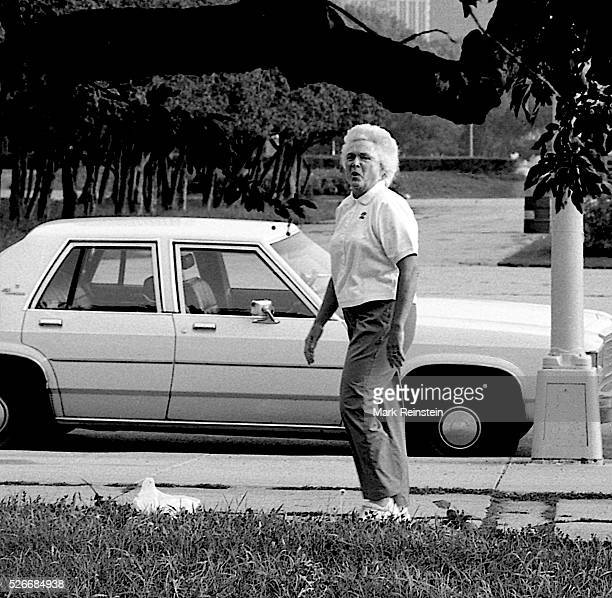 Chicago Illinois 8221988 Second lady Barbara Bush goes jogging with secret service detail while her husband VicePresident George HW Bush goes jogging...