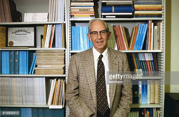 Chicago, Illinois: George Stigler of the University of Chicago, won the 1982 Nobel Prize for Economics today. The Swedish Royal Academy of Sciences...