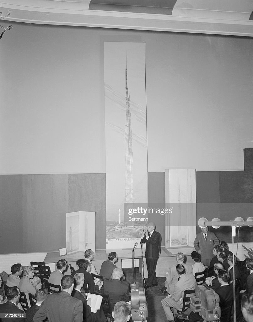 Architect Frank Lloyd Wright Speaking at Press Conference Pictures ...