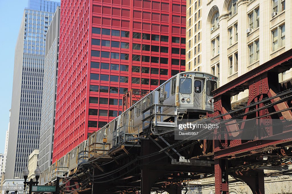 Chicago L train in the Downtown Loop Area : Stock Photo