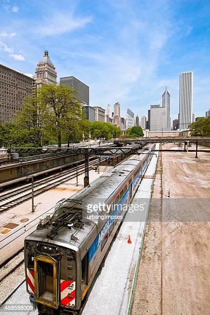 chicago metra - metra train stock photos and pictures