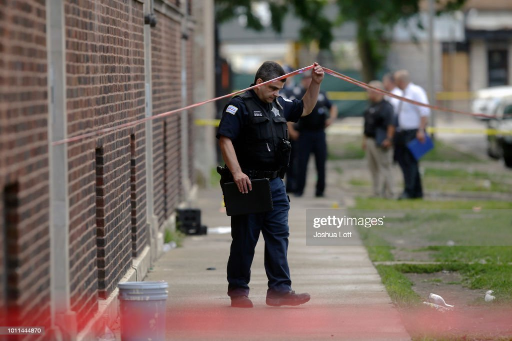 At Least 30 Shot And 2 Killed In Spate Of Overnight Mass Shootings In Chicago : News Photo