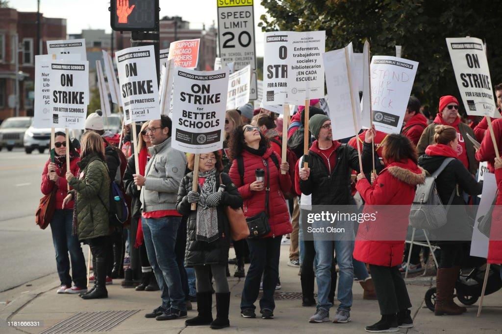 Chicago Public School Teachers Go On Strike : News Photo