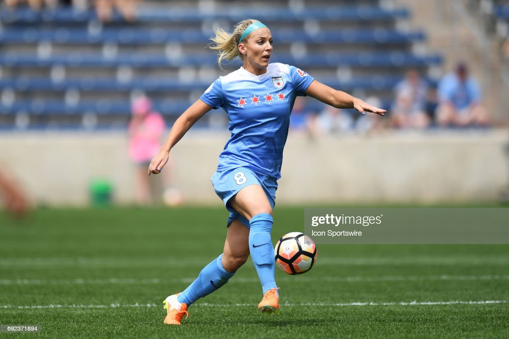 Chicago Red Stars midfielder Julie Ertz (8) controls the ball in the first half during a game between the Seattle Reign and the Chicago Red Stars on June 4, 2017, at Toyota Park, in Bridgeview, IL.