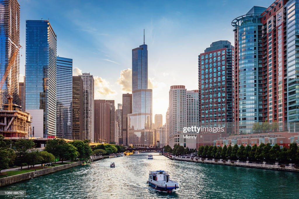 Chicago River Cityscape at Sunset : Stock Photo