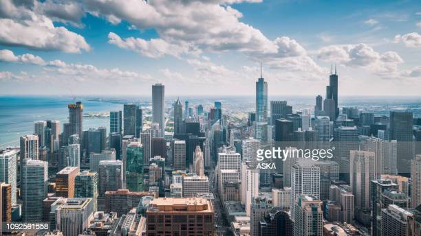 chicago skyline aerial view - illinois stock pictures, royalty-free photos & images