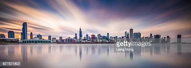 chicago skyline - chicago skyline stock photos and pictures