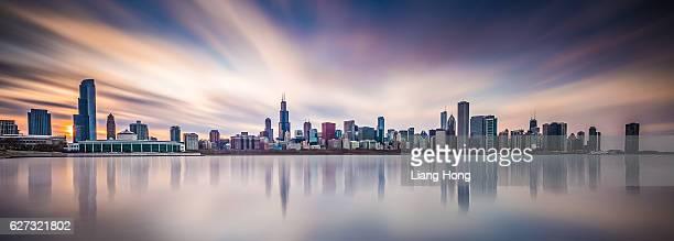 chicago skyline - ミシガン湖 ストックフォトと画像
