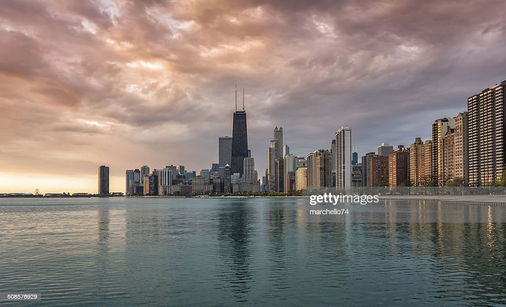 Chicago sunrise skyline : Stock Photo