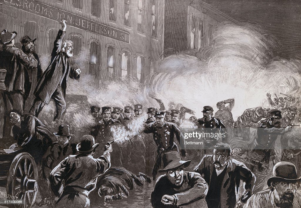Illustration of Haymarket Riot in Chicago by T. de Thulstrup : News Photo