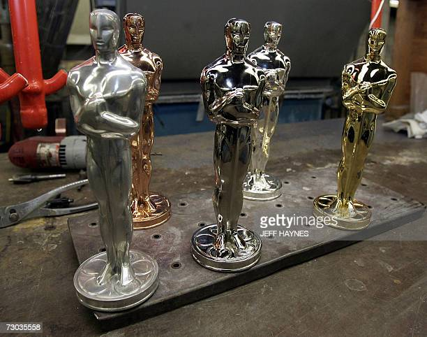 30 Oscar Manufacturers Make Statuettes For Academy Awards Pictures