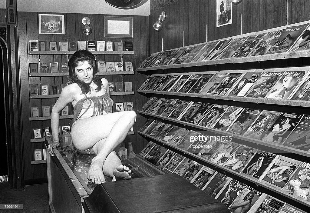 naked-model-men-inside-an-adult-bookstore