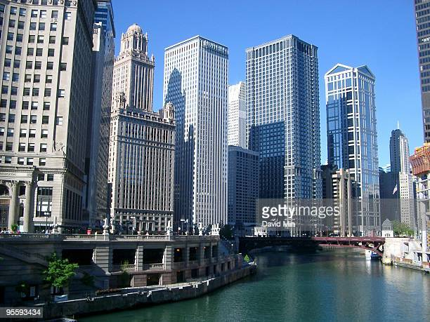 chicago - wacker drive - wacker drive stock photos and pictures
