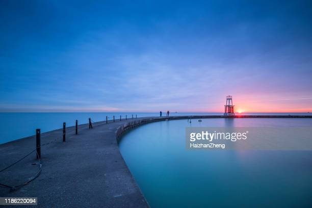 chicago waterfront beacon - great lakes stock pictures, royalty-free photos & images