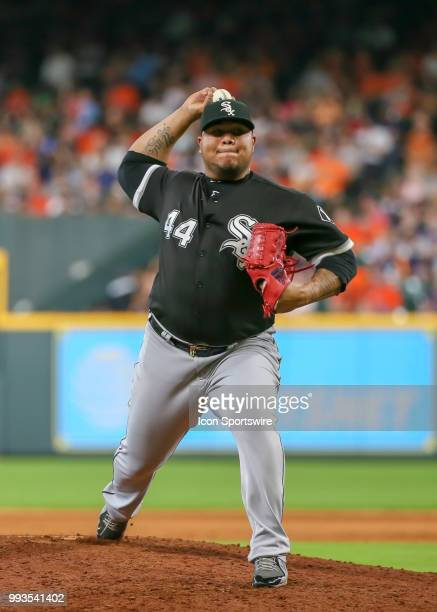 Chicago White Sox relief pitcher Bruce Rondon warms up as he takes over the mont in the bottom of the sixth inning during the baseball game between...