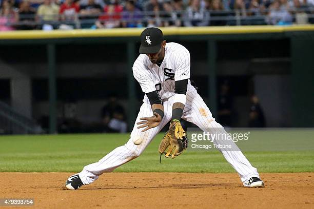 Chicago White Sox shortstop Alexei Ramirez fields a ball hit by the Baltimore Orioles' Ryan Flaherty during the fifth inning at US Cellular Field in...