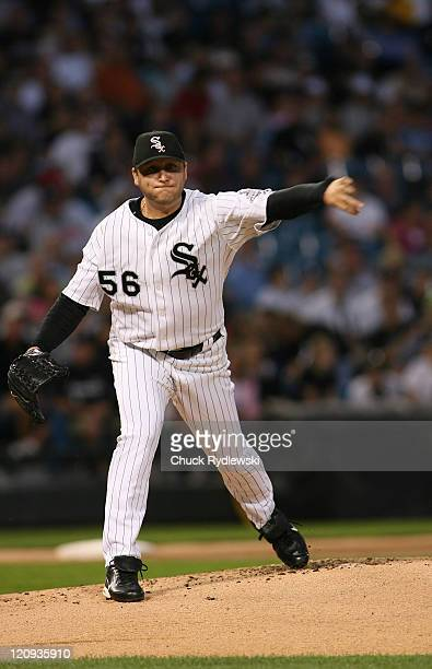 Chicago White Sox' Starter Mark Buehrle picksoff Ryan Garko during their game against theCleveland Indians September 7 2006 at US Cellular Field in...