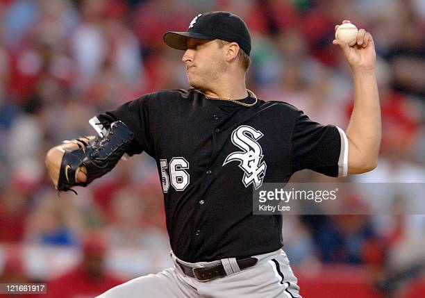 Chicago White Sox starter Mark Buehrle pitches during 21 victory in 11 innings over the Los Angeles Angels of Anaheim in Anaheim Calif on Tuesday May...