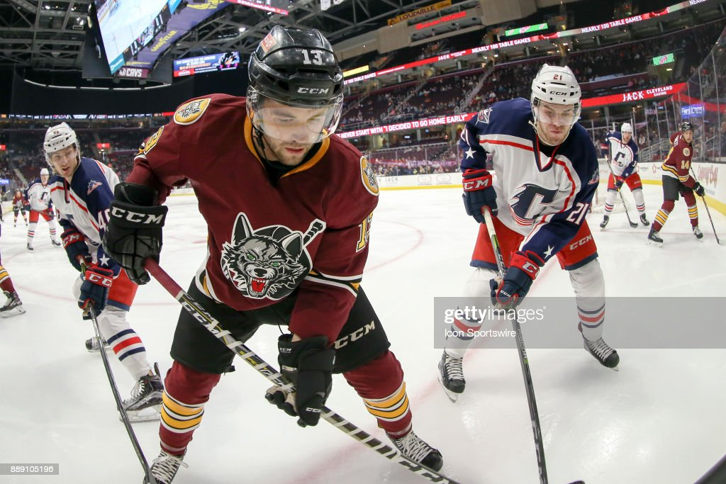 AHL: DEC 09 Chicago Wolves at Cleveland Monsters : News Photo