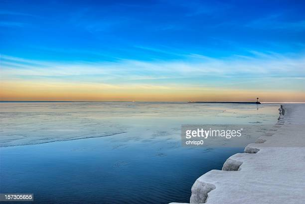 chicago's oak street beach in january - lake michigan stock pictures, royalty-free photos & images