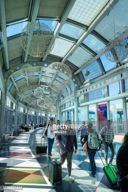 chicago's o'hare airport - ohare airport stock pictures, royalty-free photos & images