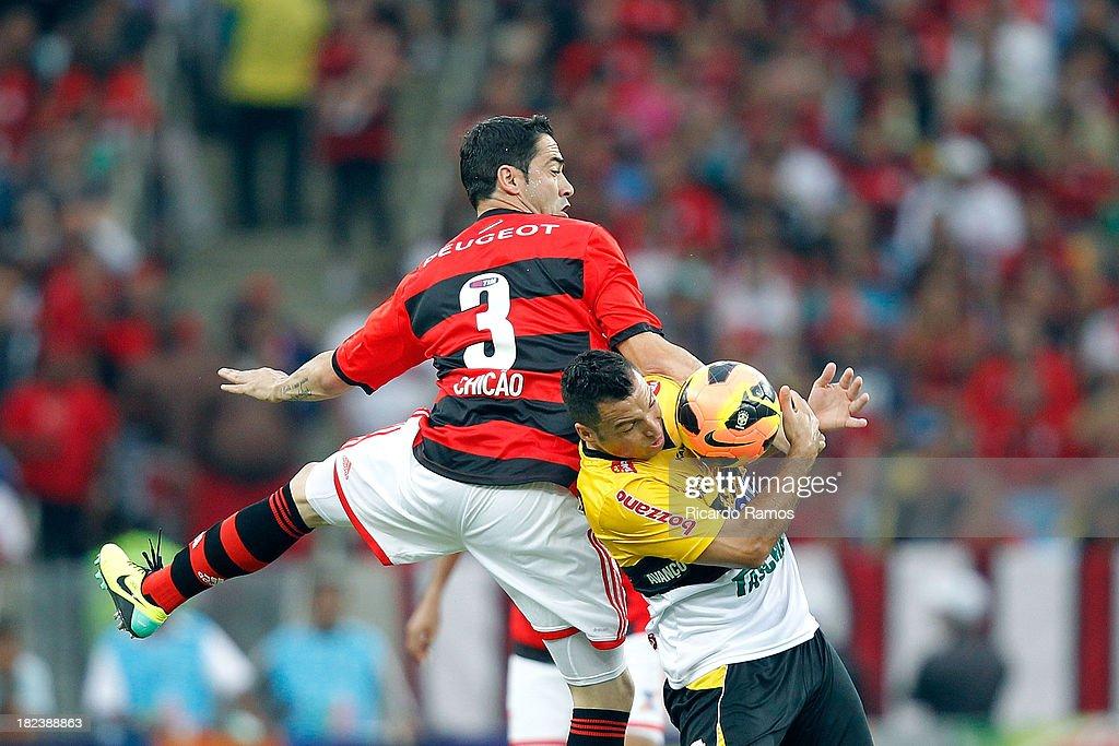 Flamengo v Criciuma - Brazilian Series A 2013