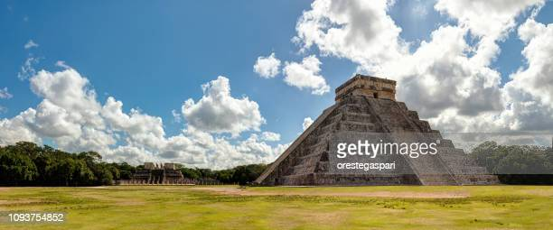chichen itza archaeological site, yucatan - mexico - archaeology stock pictures, royalty-free photos & images