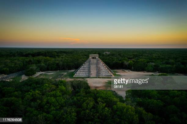 chichen itza - ancient civilization stock pictures, royalty-free photos & images