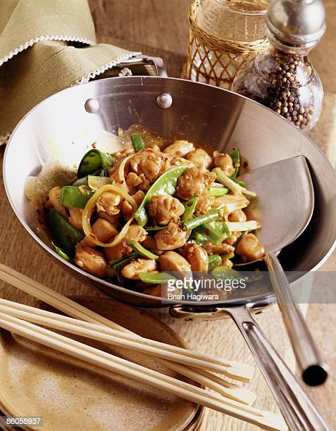 Chicken and snow pea stir fry