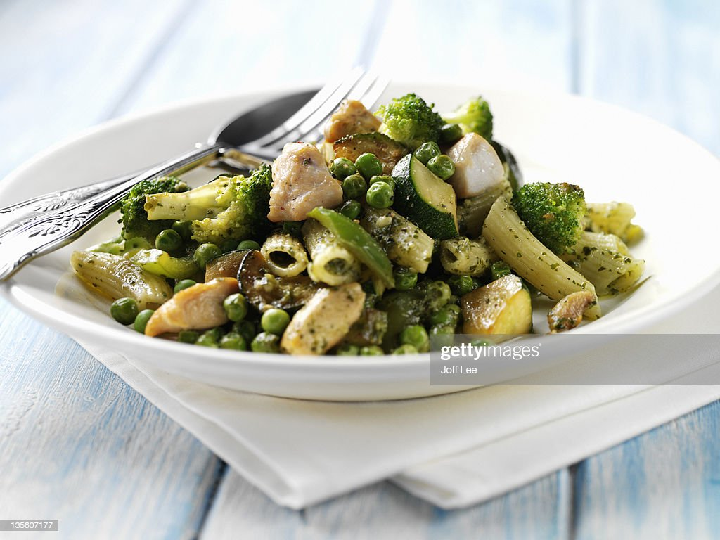 Chicken and vegetable penne