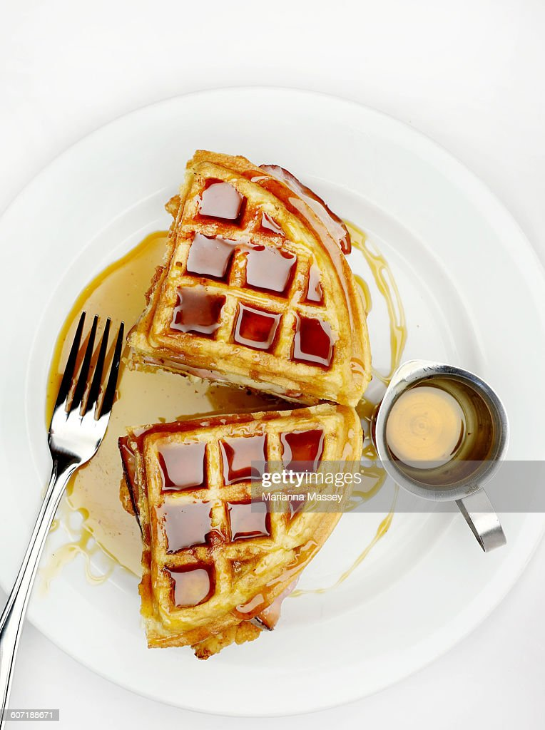 Chicken and Waffles : Stock Photo