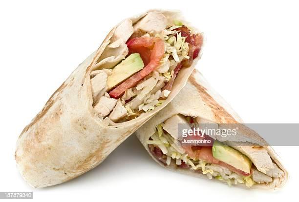 Pollo, tocino y aguacate sándwich tipo Wrap
