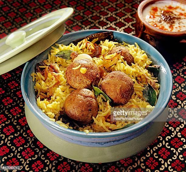 chicken biryani - biryani stock photos and pictures