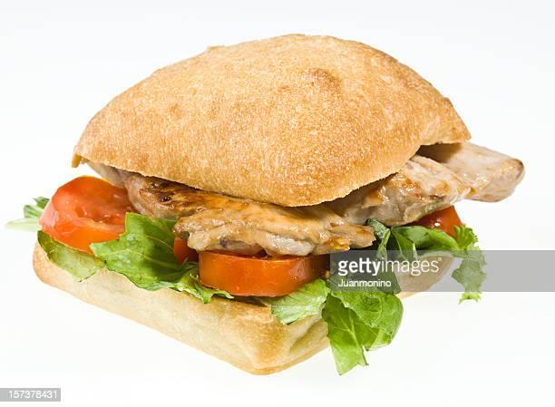 Pechuga de pollo con queso emmental sándwich