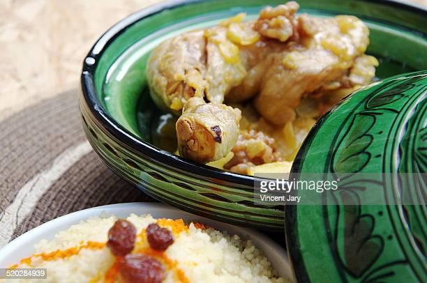 chicken couscous - couscous photos et images de collection