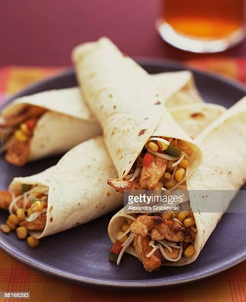 chicken fajitas - burrito stock pictures, royalty-free photos & images