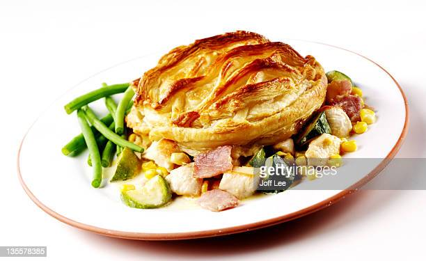 Chicken & ham pie with vegetables