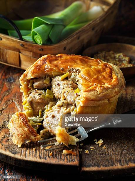 chicken, leek and wholegrain mustard pie - leek stock pictures, royalty-free photos & images