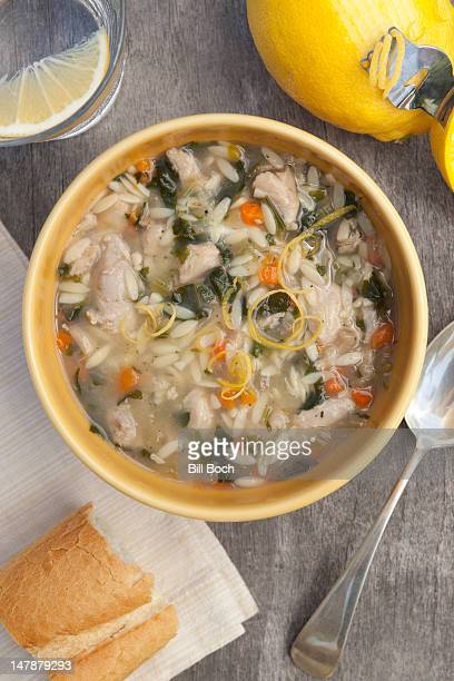 chicken lemon spinach soup - chicken soup stock photos and pictures