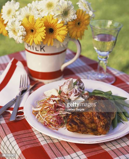 bbq chicken - paper plate stock photos and pictures