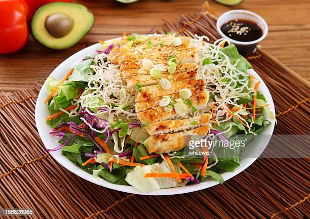 salade au poulet - lettuce photos et images de collection
