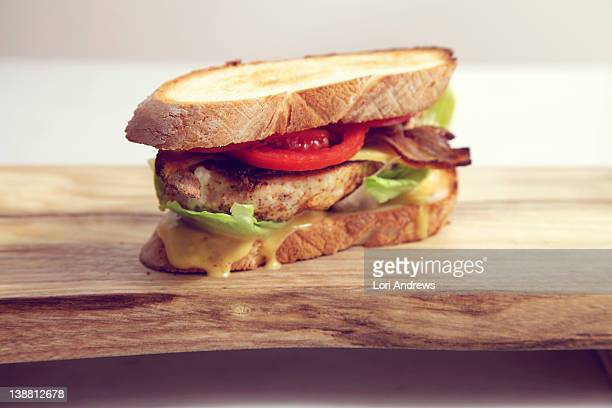 Chicken sandwich with tomato
