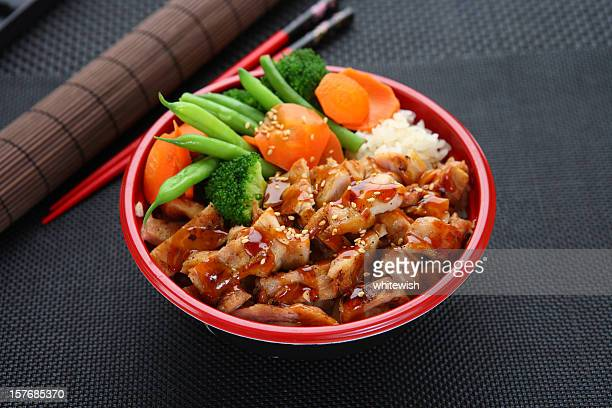 Hühnchen-Teriyaki Bowl