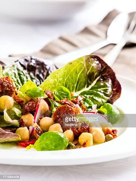 Chickpea&pepper salad