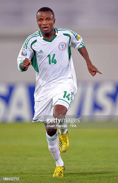 Chidiebere Nwakali of Nigeria in action during the FIFA U17 World Cup group F match between Mexico and Nigeria at Khalifa Bin Zayed Stadium on...