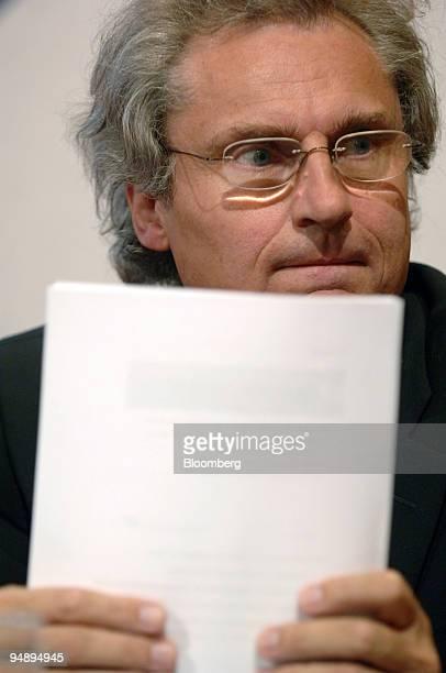 Chief Executive Dr Henning Kagermann prepares to speak at the Handelsblatt Banken im Umbruch conference in Frankfurt Germany Wednesday September 7...