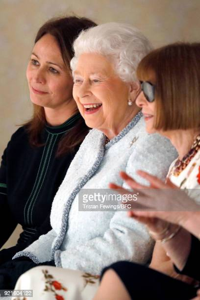 Chief Executive of the British Fashion Council Caroline Rush Queen Elizabeth II and Anna Wintour attend the Richard Quinn show during London Fashion...