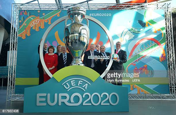 SFA Chief Executive Stewart Regan Cabinet Secretary Fiona Hyslop Scottish woman team manager Anna Signeul Scotland manager Gordon Strachan Sir Alex...