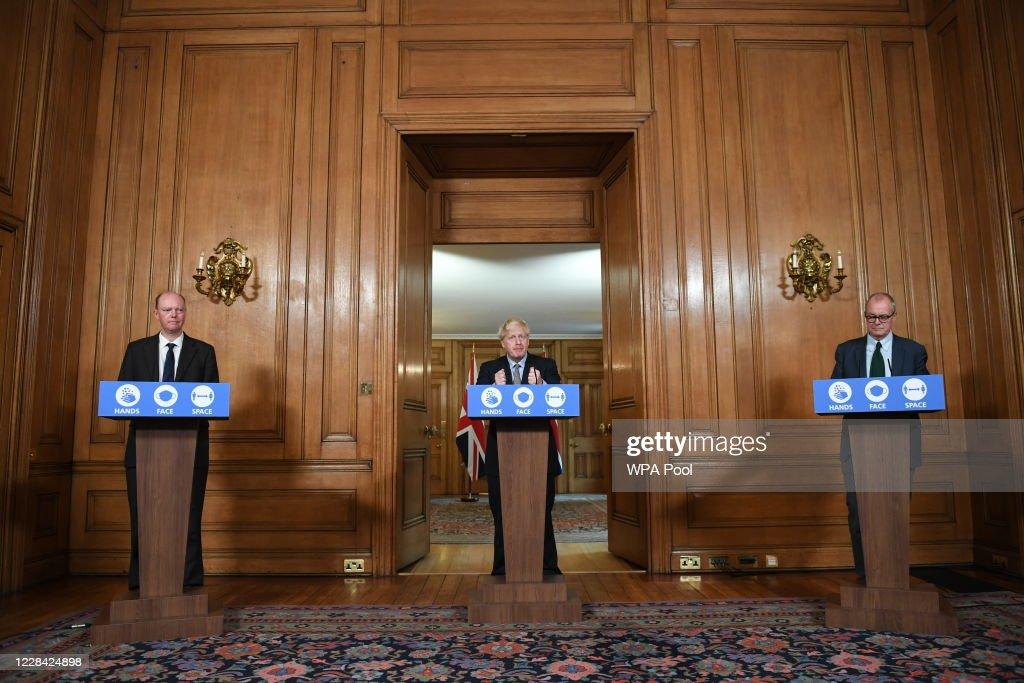 Boris Johnson Holds Coronavirus Press Conference Announcing Socialising Restrictions : News Photo