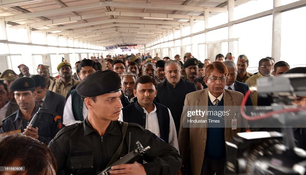 UP Chief Minister Akhilesh Yadav inspecting Allahabad railway station after two days of stampede which resulted into tragic death of 37 persons,on February 12, 2013 in Allahabad, India. Around 3 crore pilgrims had assembled on February 10 on the occasion of Mauni Amawasya at Kumbh mela to have a holy dip.